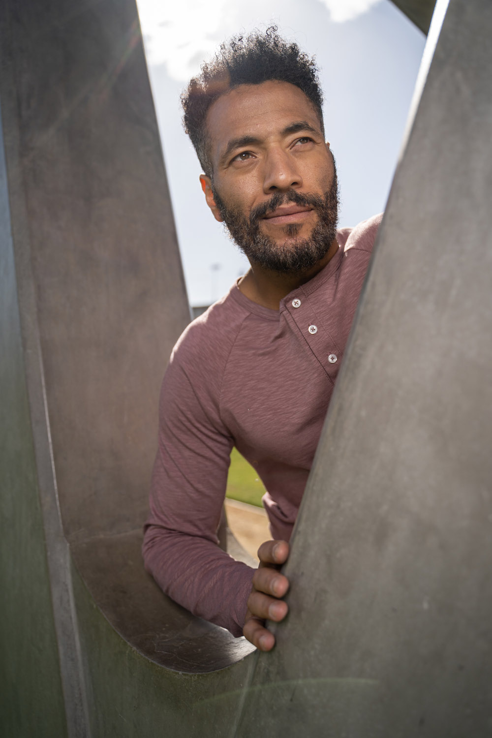 Lifestyle-On-Location-Model-Onmodel-Damion-Lloyd-Photography-Commercial-Product-Apparel-Clothing-Los-Angeles-Orange-County-male-man-GLYDER-sportswear-outdoor-city-sunshine-park-downtown